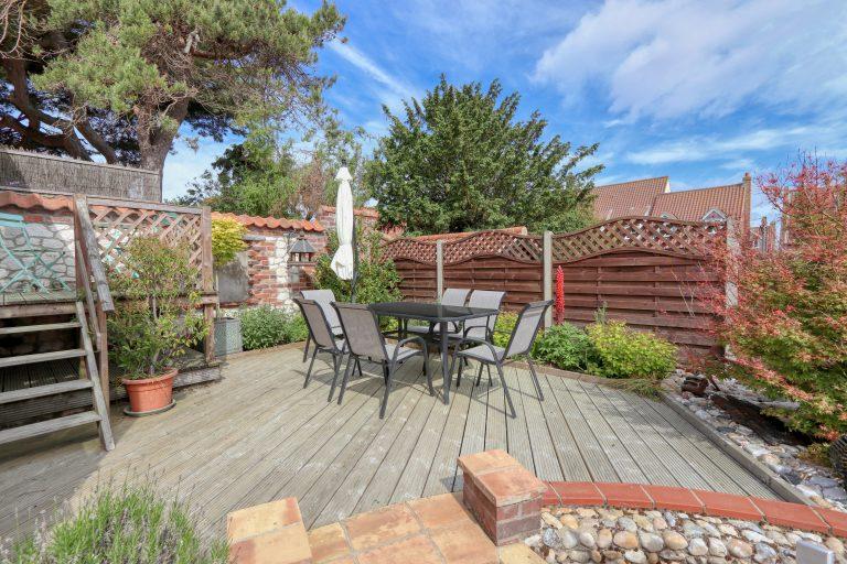Dove Cottage Courtyard Garden